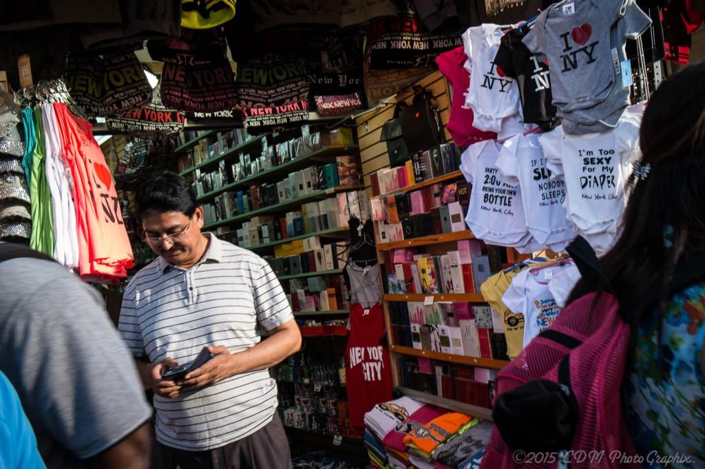 Chinatown, Sidewalk Shop
